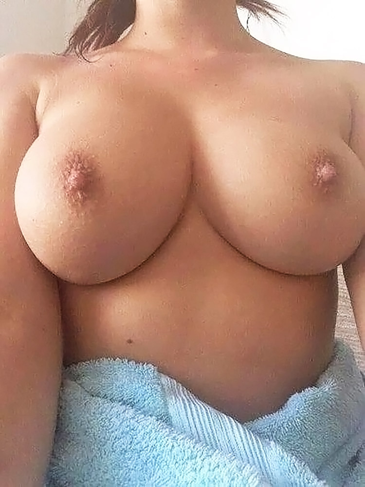filling pussy with